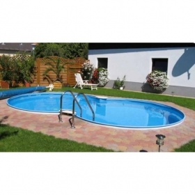 PISCINA INTERRATA A FORMA DI OTTO MT  7,25 X 4,60 X 1,50 H CON ACCESSORI